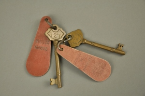 SS Hamonic keys for cabins #127 and #129